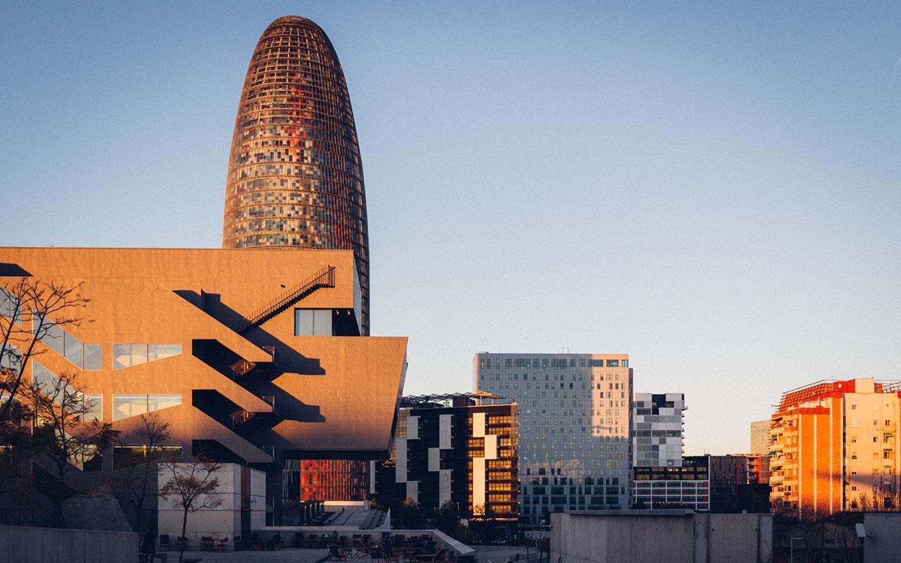 Header, nueva sede en Barcelona y Madrid